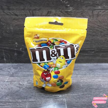 Конфеты M&M's с арахисом большая упаковка